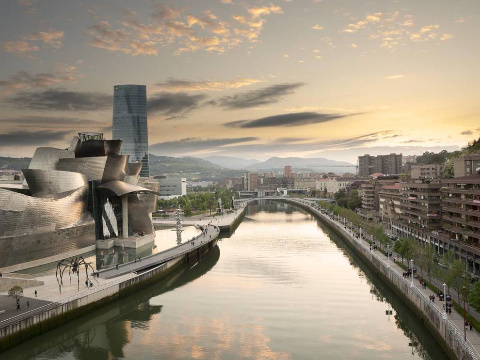 Aparece flotando en la ría de Bilbao el cadáver de una mujer de ...