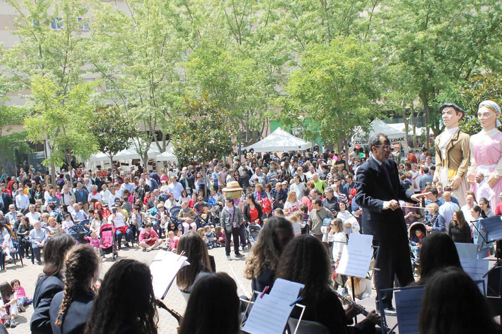 Concierto en fiestas de Barañáin de la Banda Joven (1/9) - Concierto de la Banda Joven de la Escuela de Música Luis Morondo - Vivir en Barañáin -