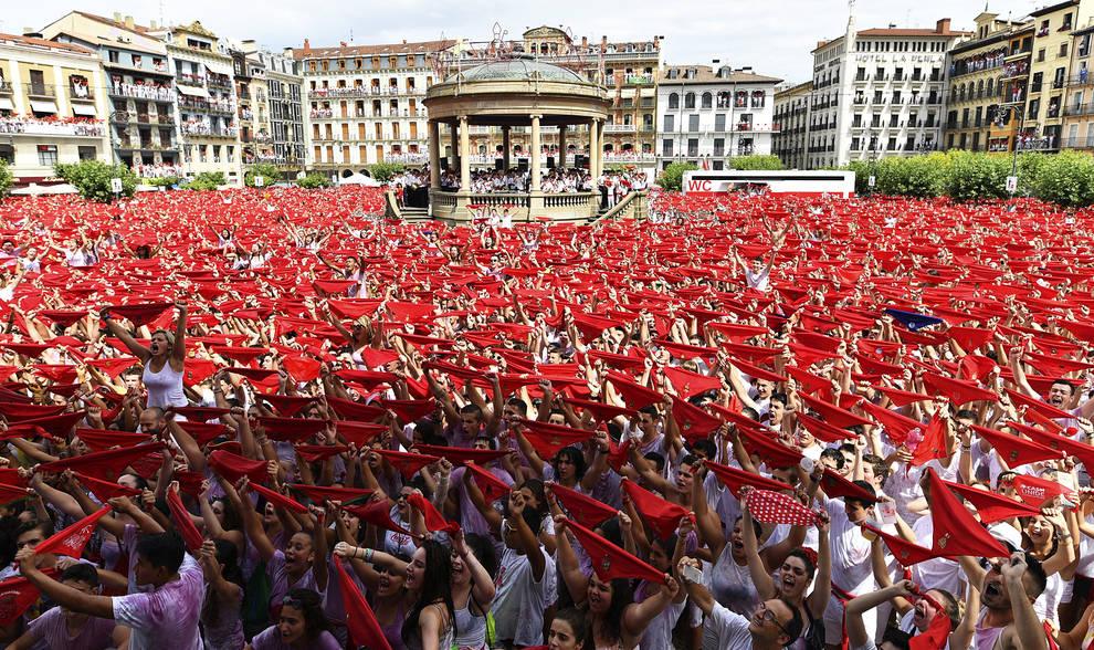 Pamplona espera la llegada de JM