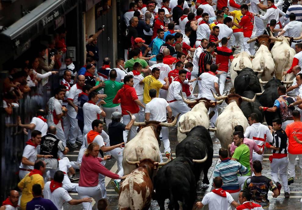Tercer encierro de San Fermín 2017 (1/98) - Imágenes de la carrera el 9 de julio. - San Fermín -