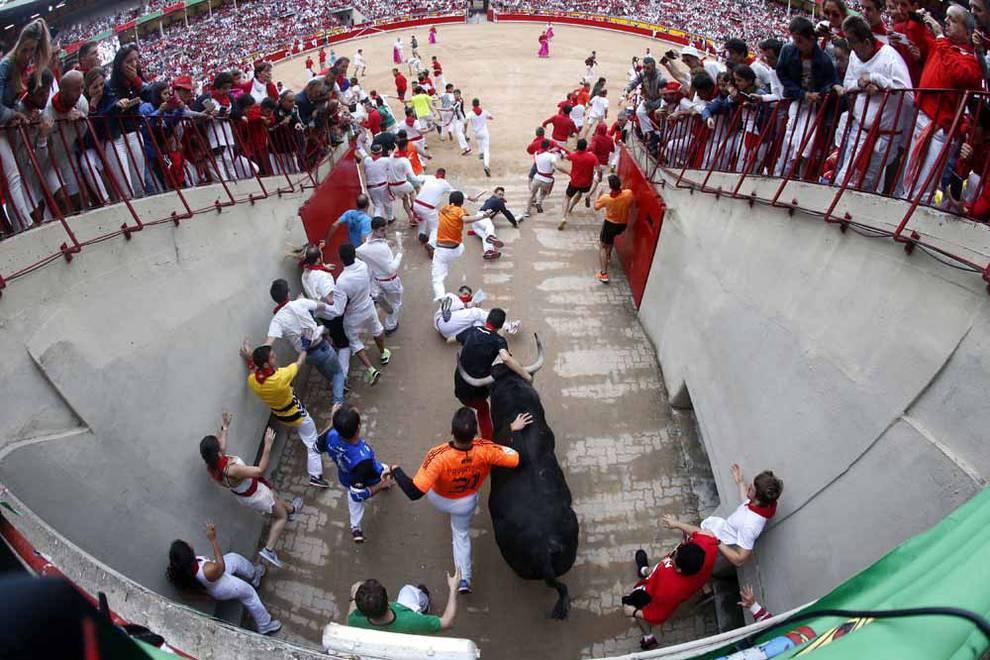 Montón en el quinto encierro de San Fermín (1/10) - Fotos del pequeño montón en el quinto encierro de San Fermín - San Fermín -