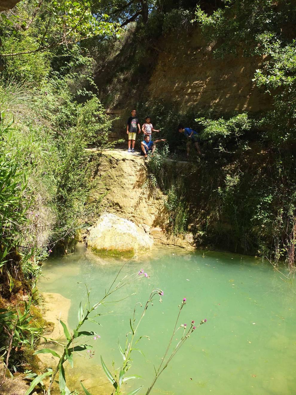 Pozo de las hiedras (1/8) - Fotos de la excursión al pozo de las hiedras en Aibar (Navarra). - Conocer Navarra -