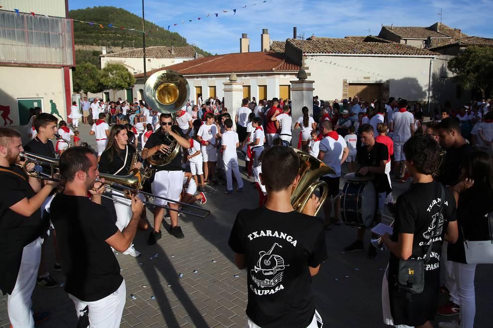 Liédena comienza sus fiestas (1/6) - Imágenes del chupinazo de las fiestas en Liédena - Sangüesa y Merindad -
