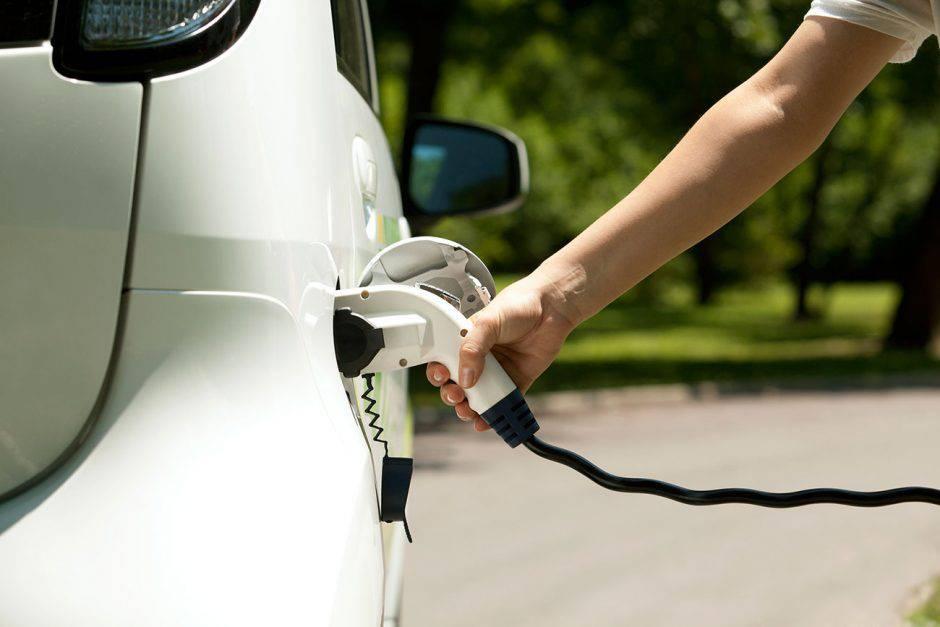 Energía reanuda las ayudas a coches eléctricos con un plan de 50 ...