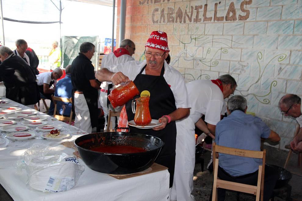 Almuerzos populares de las fiestas de Cabanillas (1/9) - Imágenes de los almuerzos populaes de las fiestas de Cabanillas - Contenidos -