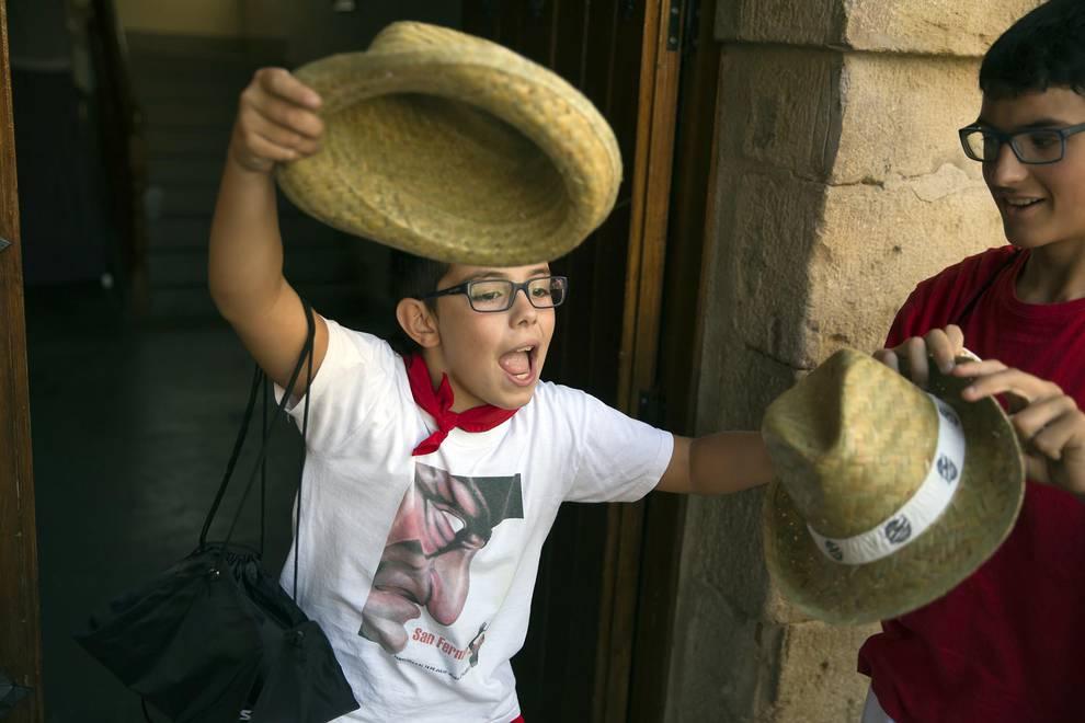 Cohete de fiestas de Mañeru (1/6) - Fiestas de Mañeru 2017 - Tierra Estella -