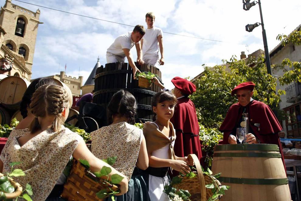 Fiesta de la Vendimia de Navarra en Olite (1/16) - Imágenes de esta tradición celebrada en la capital del vino navarro. - Tafalla y Zona Media -