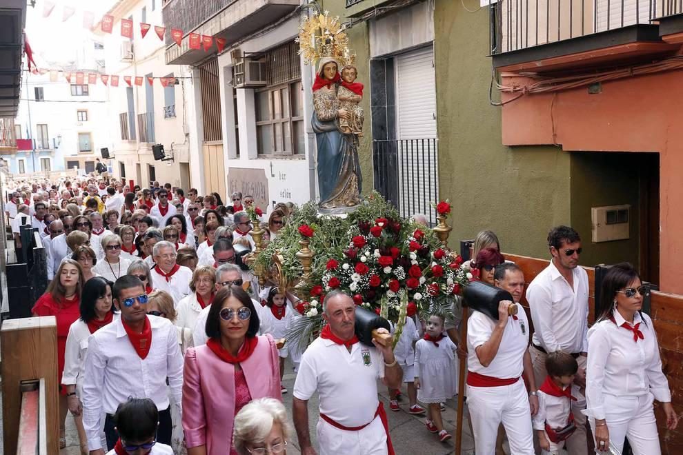 Procesión de la Virgen del Rosario en Ablitas (1/8) - Imágenes de la procesión de la Virgen del Rosario de las fiestas de Ablitas - Tudela y Ribera -