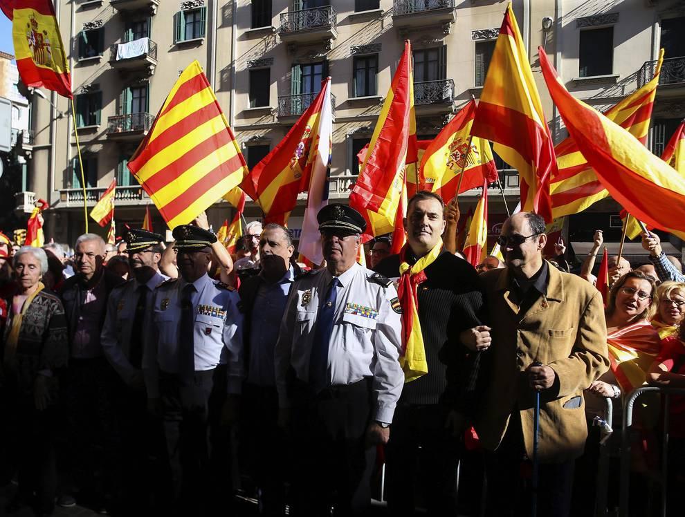 Manifestación en Barcelona por la unidad de España (1/22) - Manifestación convocada por Sociedad Civil Catalana - Nacional -