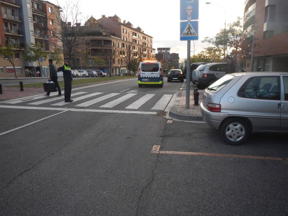 Una mujer de 29 años, atropellada en la calle Monte Monjardín de ...