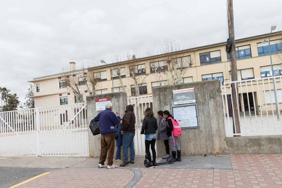Cartas y dibujos de despedida al muerto en la explosi n de - Colegio otero de navascues ...