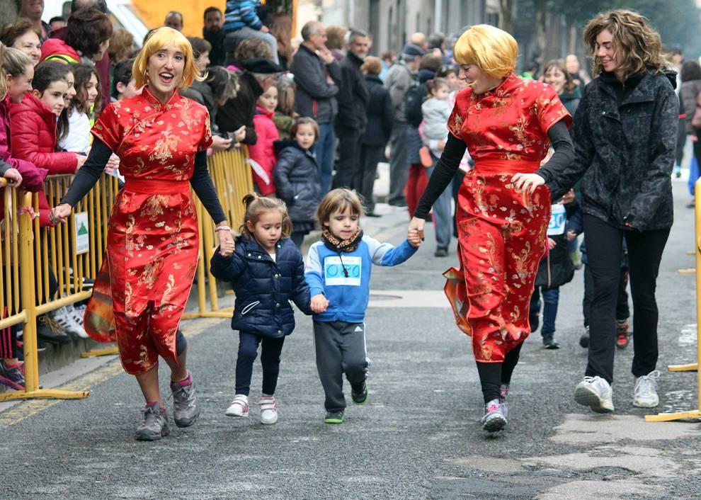 VI San Silvestre de Estella (1/21) - Galería de imágenes de la carrera celebrada en Estella el 31 de diciembre. - Carreras populares DNRunning -
