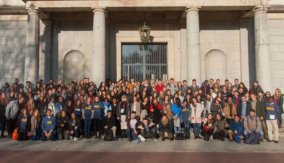 La Universidad De Navarra Acoge Este Semestre A 207