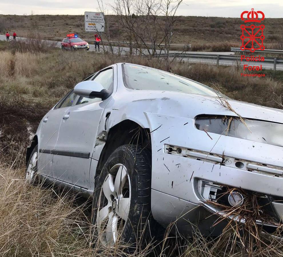 Vehículo accidentado en Murillo el Cuende