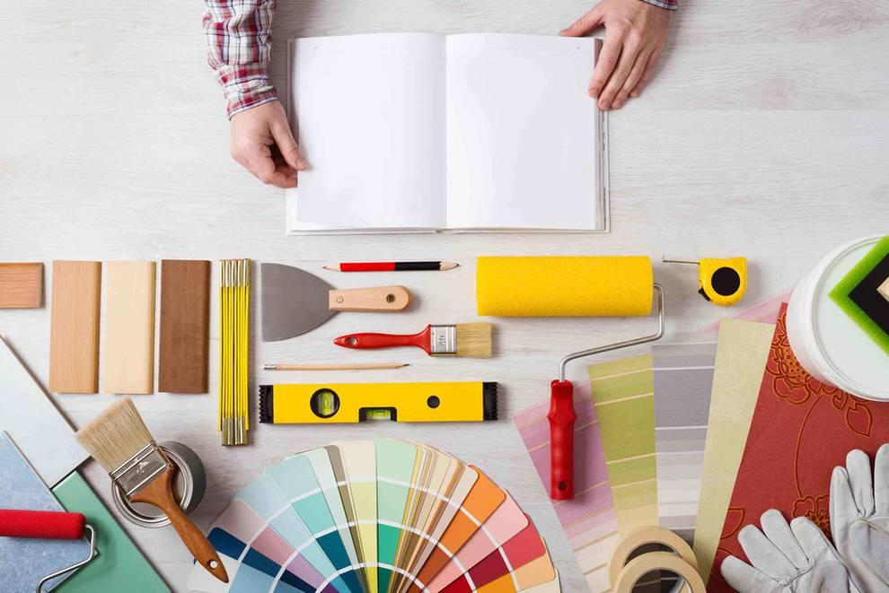La filosofa do it yourself en espaa noticias de negocios en persona preparando el material necesario para hacer manualidades solutioingenieria Images