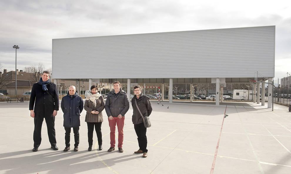 239.648 euros en la cubierta del patio del IESO Berriozar | Noticias ...