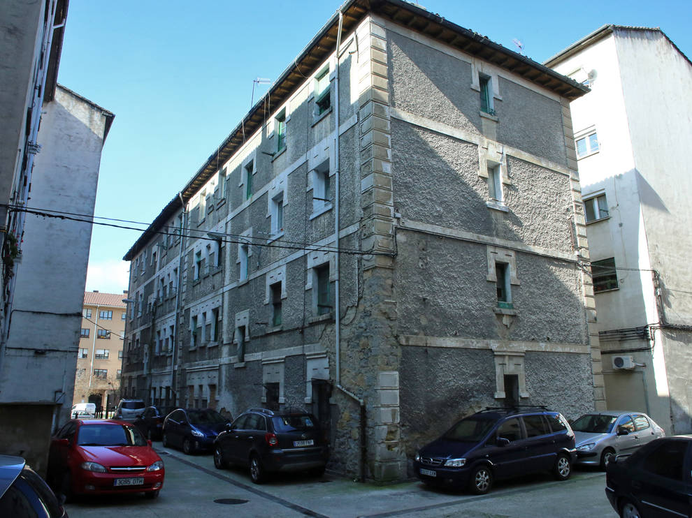 El consistorio derribará un edificio de la Rochapea para abrir una plaza