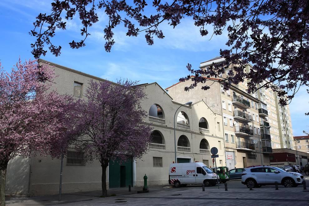 Las viejas casas de Gridilla darán paso a un nuevo edificio.