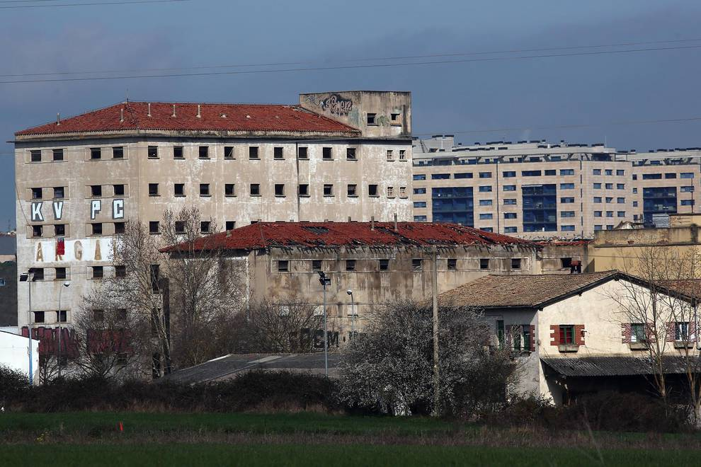 La fábrica de Argal, en Echavacoiz, casi en estado de ruina.