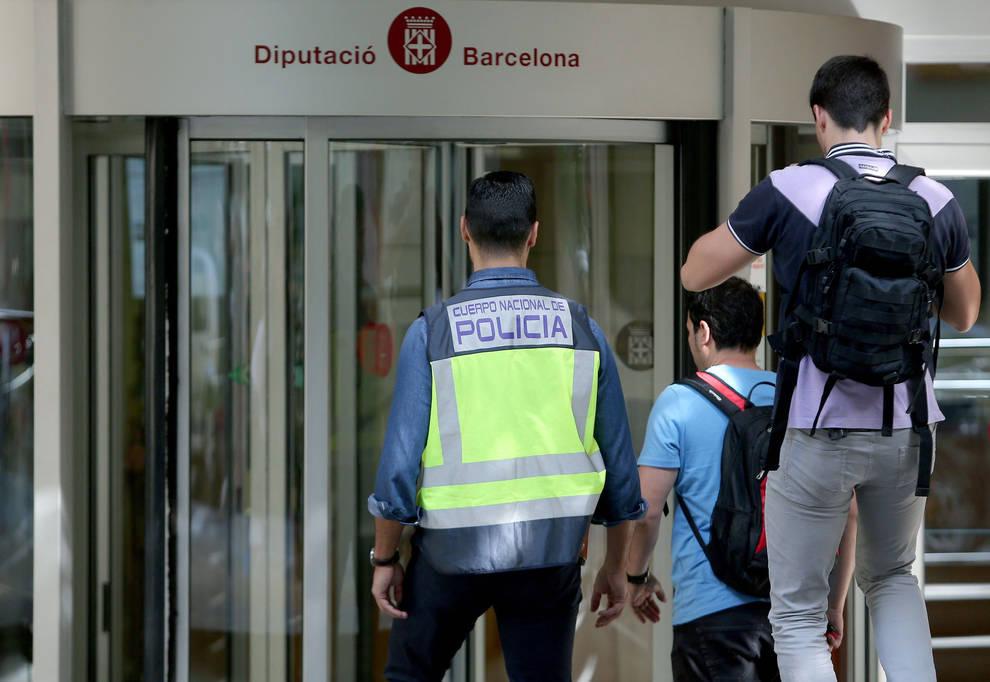 Detenidas 22 personas por una trama de desvío de subvenciones en ...