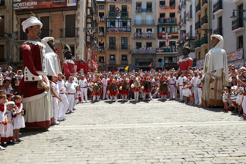 Fotos de los gigantes y cabezudos de Pamplona, 14 de julio de San Fermín 2018 (1/166) - Fotos de los gigantes y cabezudos de Pamplona, 14 de julio de San Fermín 2018 - San Fermín -