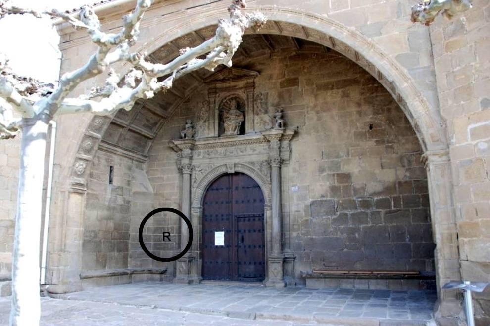 Frases Y Reloj Juntas En La Iglesia De Aibar Selecciondn