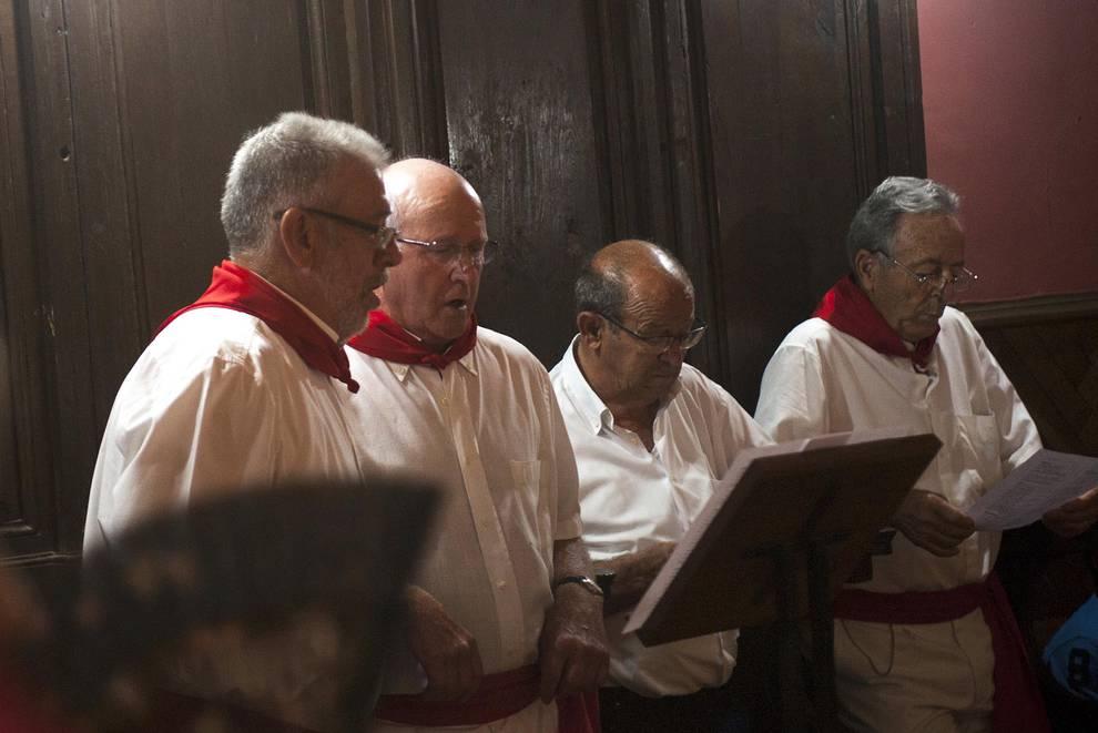 Fotos de fiestas de Pitillas   31 de agosto de 2018 (1/8) - Como manda la tradición, la imagen del santo fue portada por los ramones de la localidad - Tafalla y Zona Media -