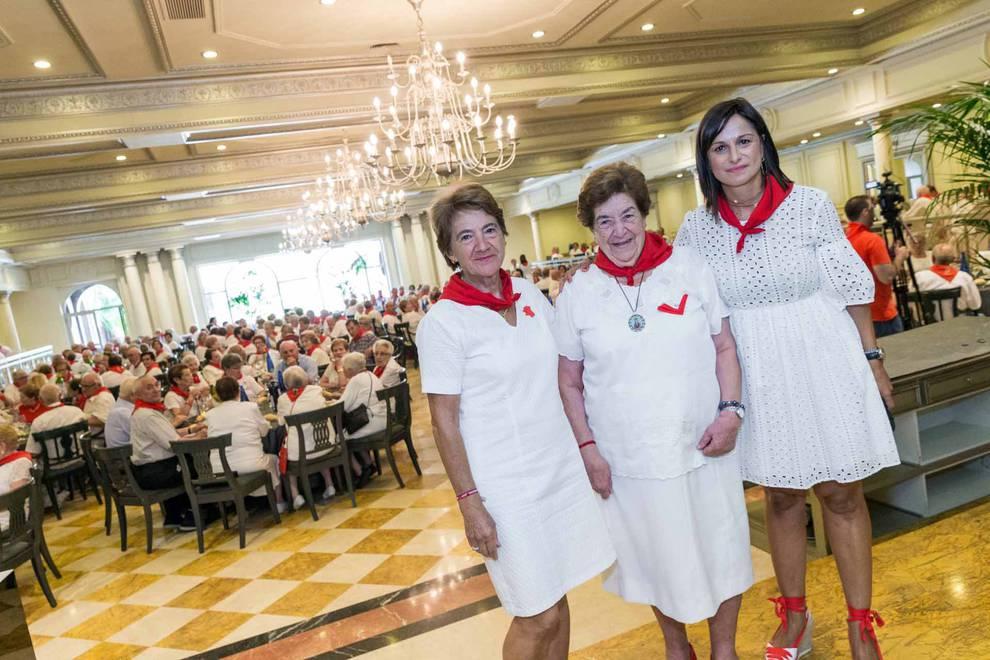 Fotos de fiestas de Cintruénigo | 11 de septiembre (1/10) - La charanga La Unión visitó la residencia de ancianos de Cintruénigo - Tudela y Ribera -