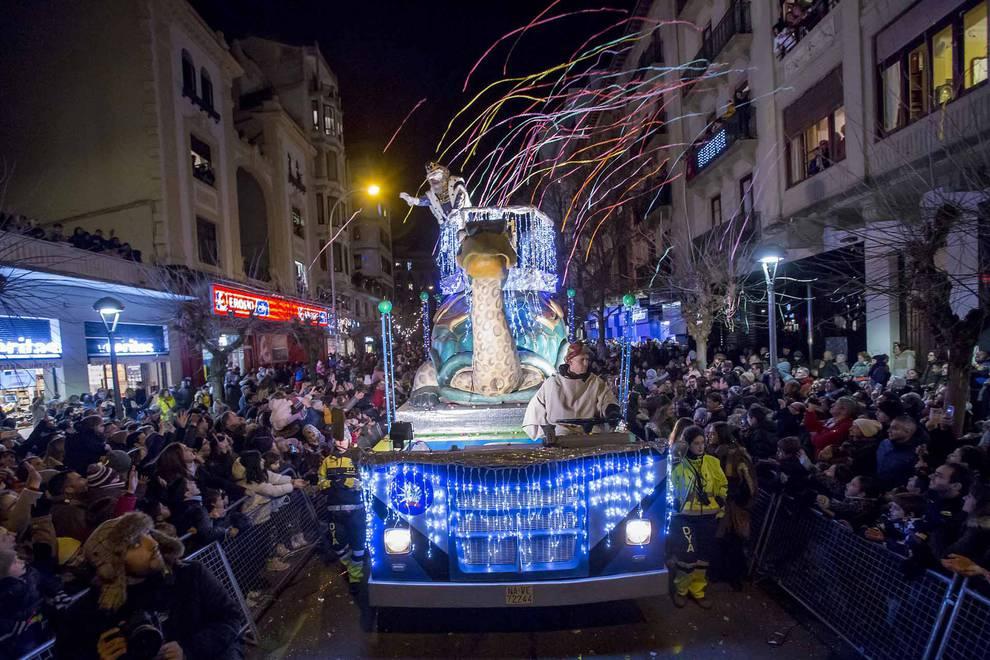 Cabalgata de los Reyes Magos en Pamplona. GARZARON