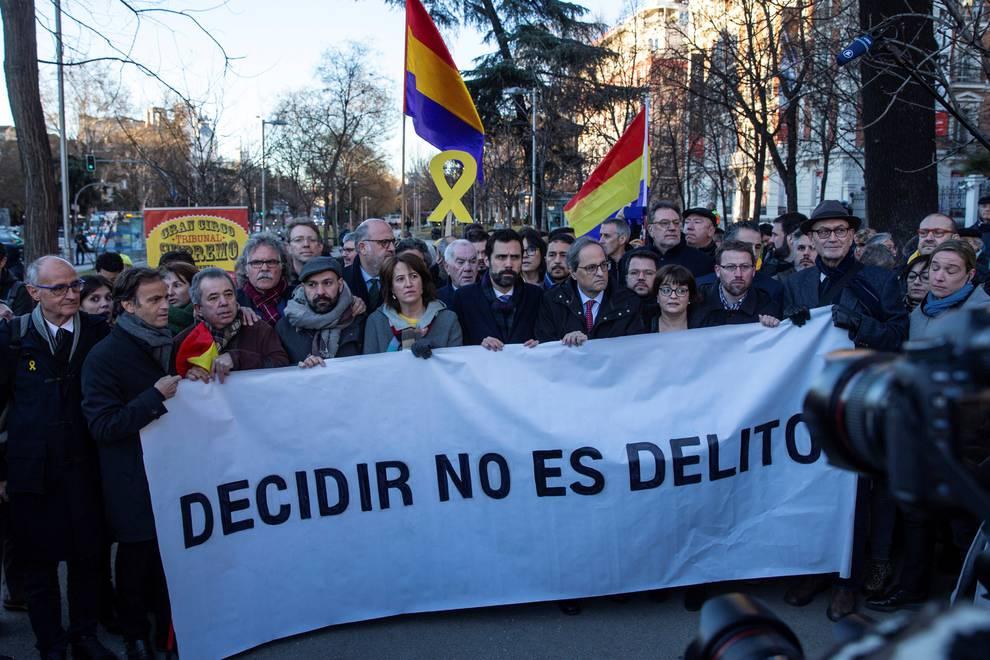 Los presos independentistas ya esperan en el Supremo el inicio del juicio del Procés