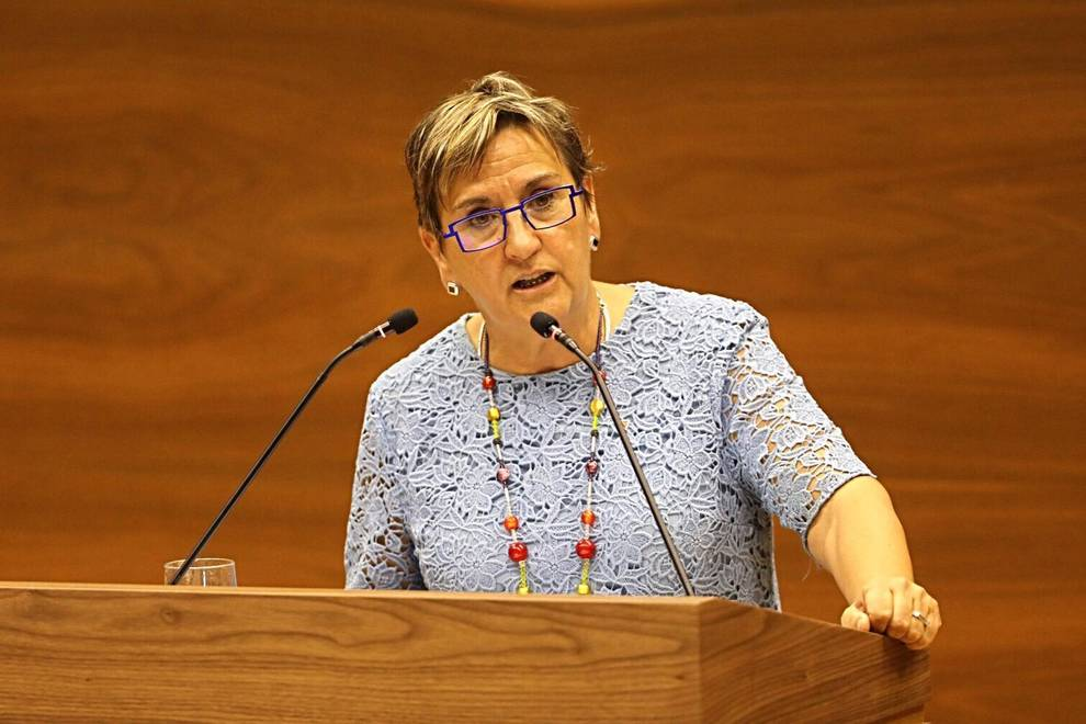 Marisa de Simón, durante el pleno de investidura.