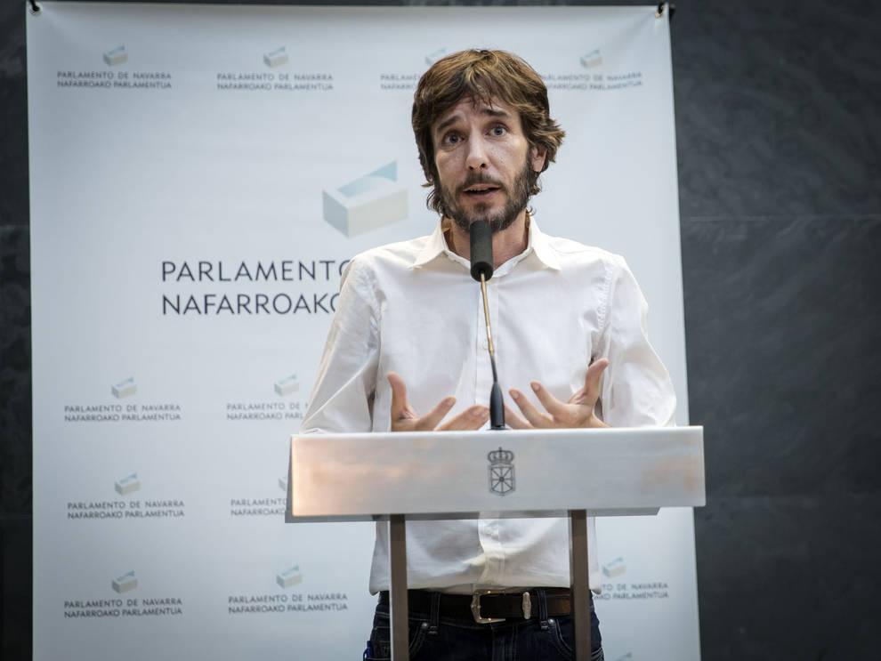 Mikel Buil, tras la investidura de María Chivite como presidenta.