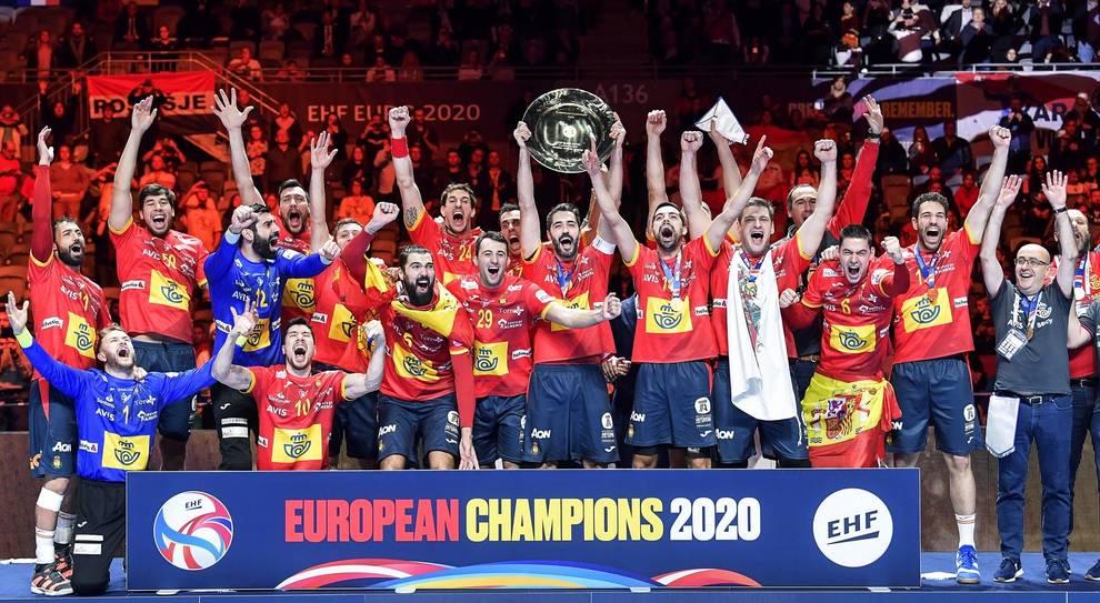 Fotos De España Campeona De Europa De Balonmano Diario De Navarra