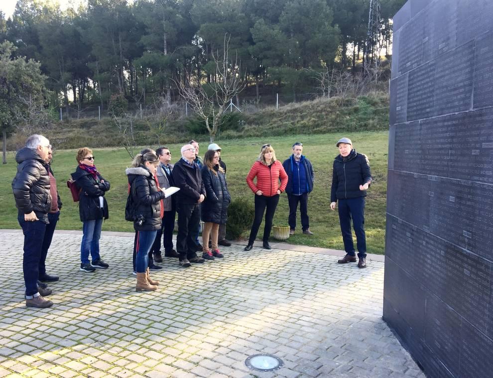 El Gobierno de Navarra repara el muro del Parque de la Memoria de Sartaguda