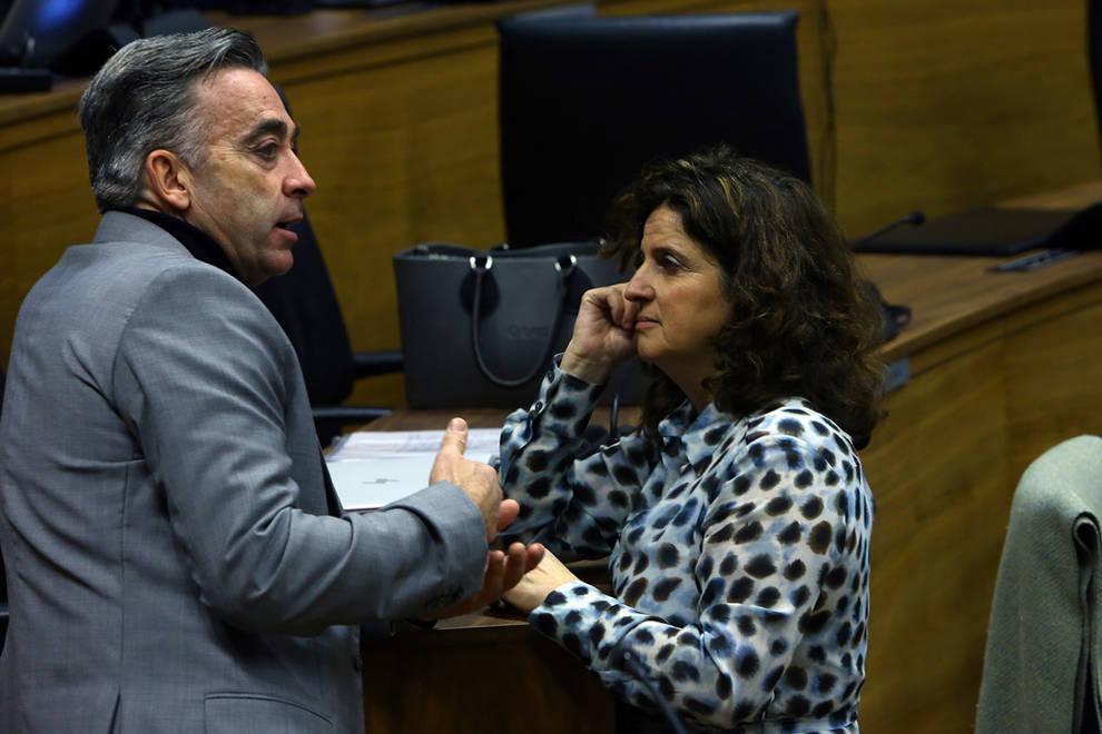 El Parlamento rechaza tramitar una ley de NA+ para ayudas a la conciliación