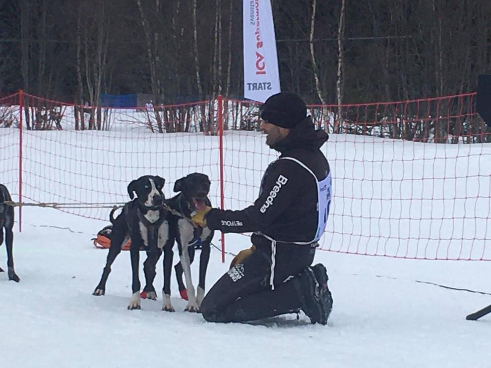 El navarro Iker Ozkoidi, campeón de Europa de mushing sobre nieve