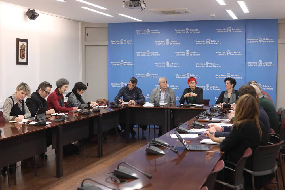 Navarra no planea restricciones para eventos colectivos por el coronavirus salvo algunas reuniones de sanitarios