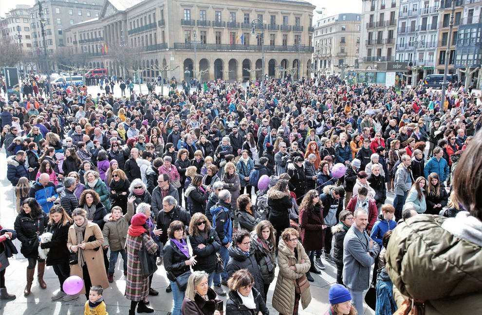 El colectivo feminista llama en Pamplona a reforzar la organización del feminismo