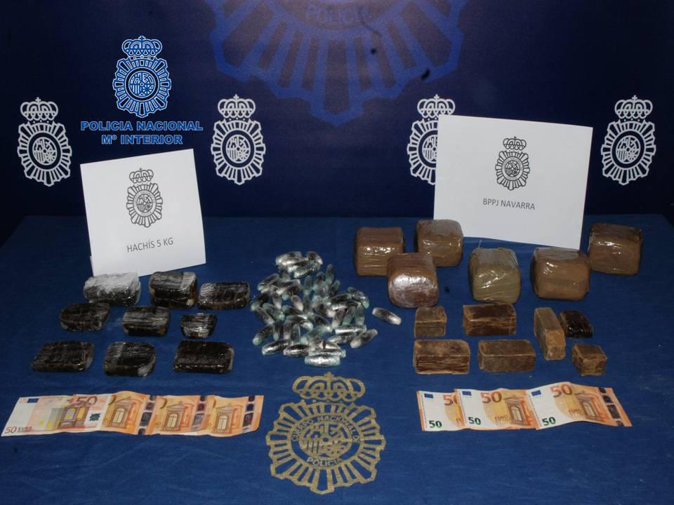 Dos detenidos cuando intentaban introducir en Navarra 5 kilos de hachís