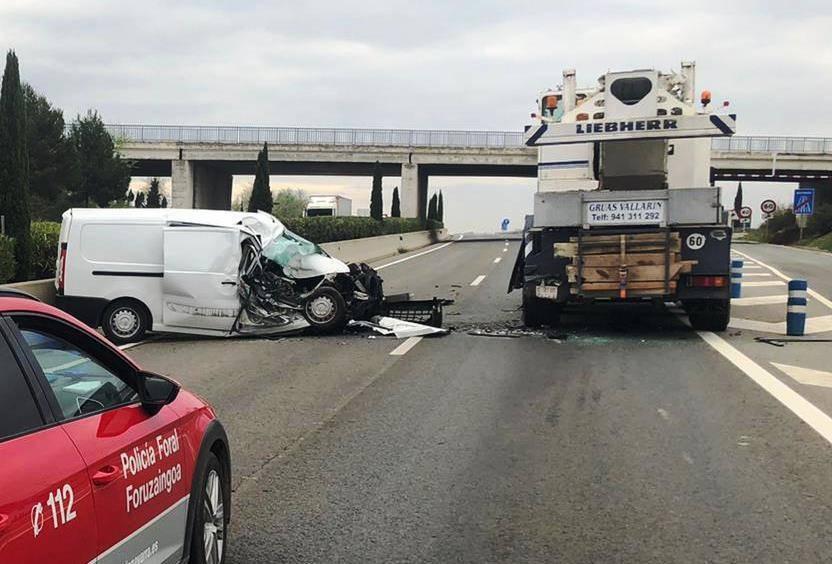 Un herido leve en una colisión por alcance en la A68, en Tudela