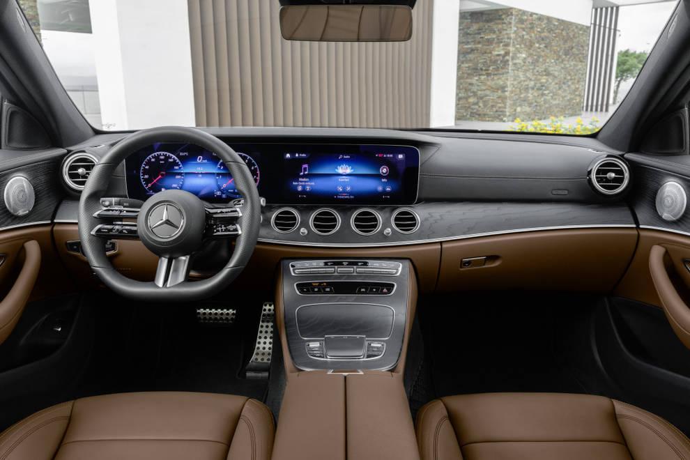 Mercedes Volante 2020