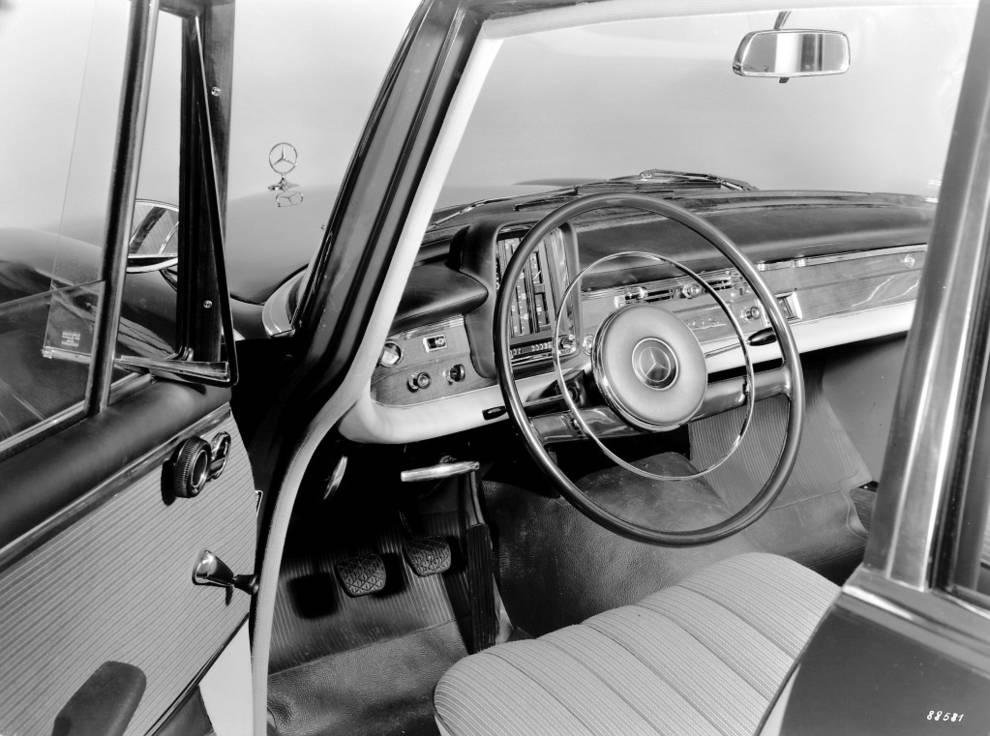 Mercedes Volante Aro