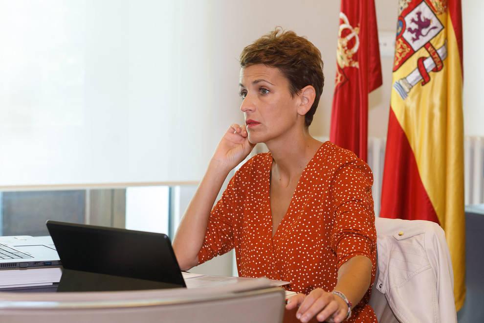 María Chivite, durante la reunión con Pedro Sánchez.