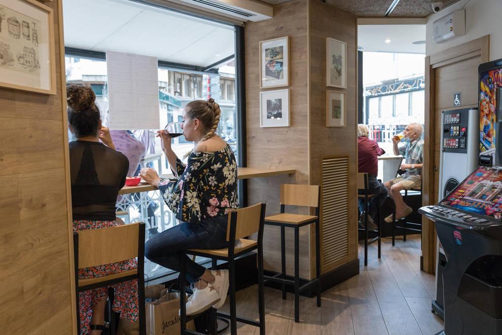 Bares y restaurantes navarros pueden estar ocupados en su interior en un 50%