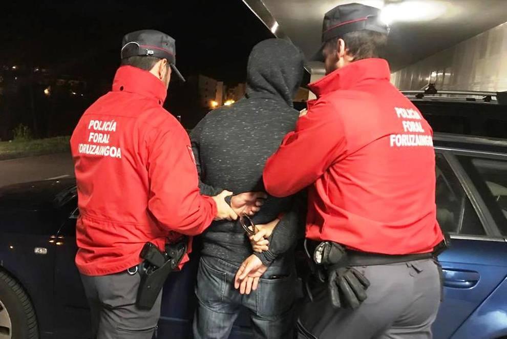 La Policía Foral detiene a once personas en los últimos días por distintos delitos