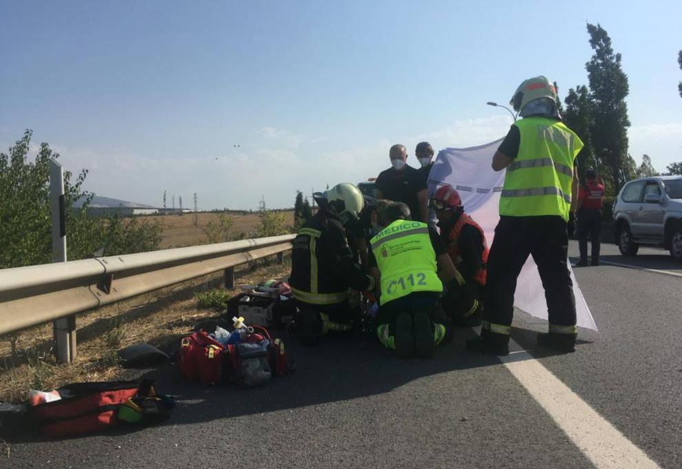 Herido grave tras ser arrollado por un camión en la PA-30 en Mutilva