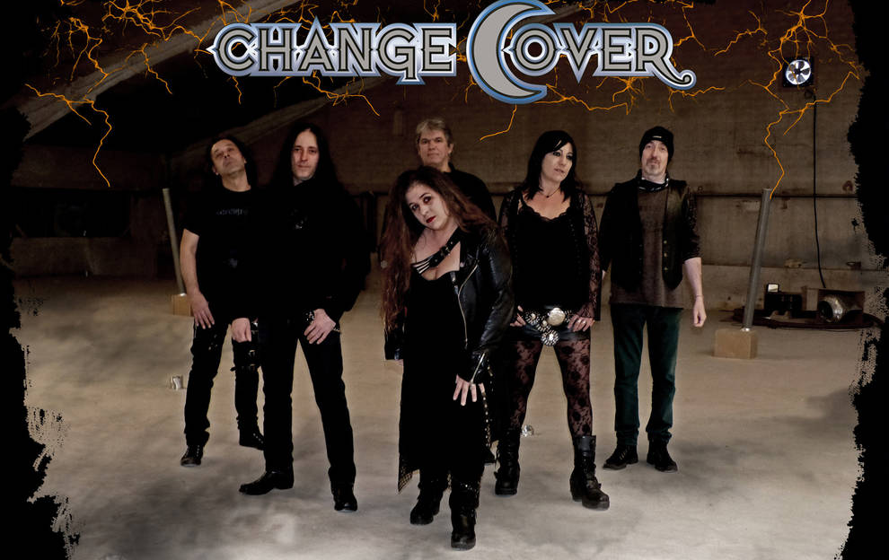Imagen promocional de la banda Change Cover.