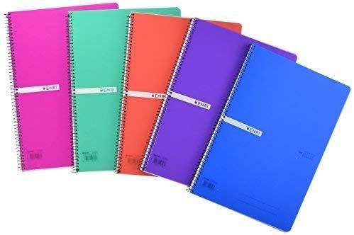 Imagen de cuadernos escolares