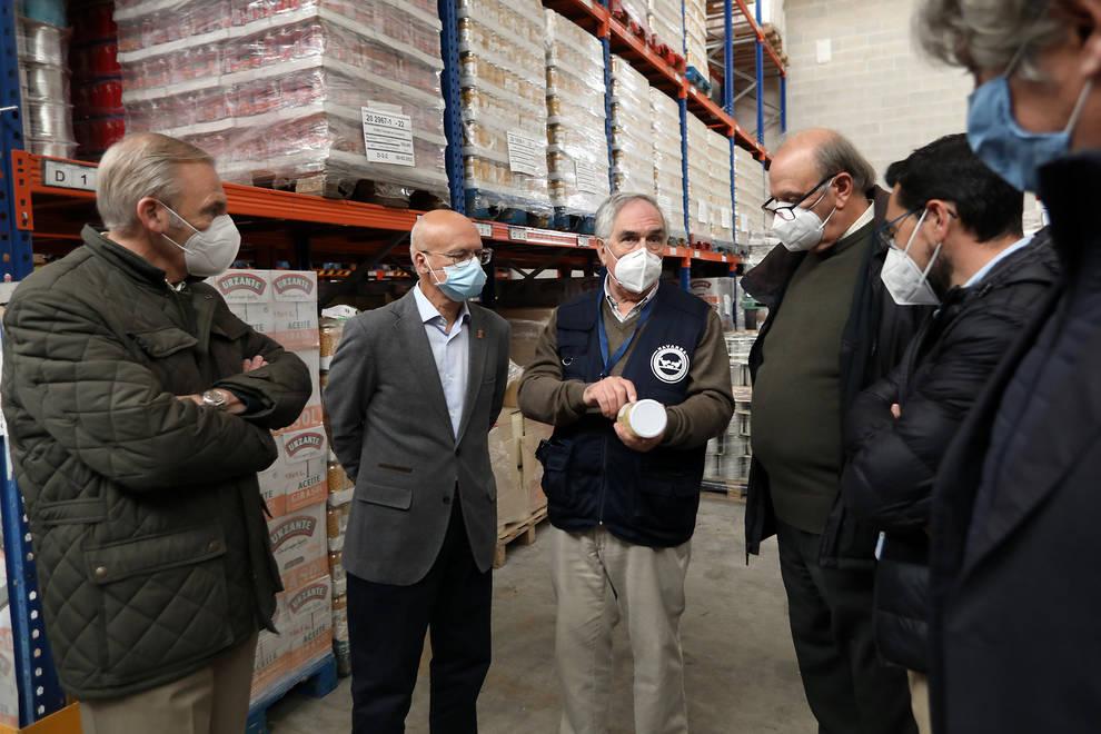 Entregados 200.000 envases al Banco de Alimentos para evitar el desperdicio