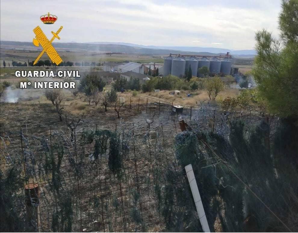 Extinguido un incendio que ha quemado tres hectáreas de monte bajo